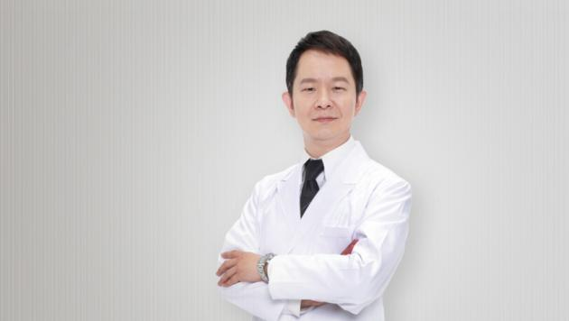 Dr.Chou 周爾康 醫師 1